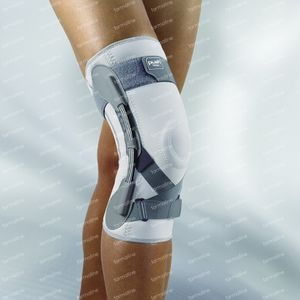 Push Med Knee Brace Left/Right 41-45Cm T5 1 item